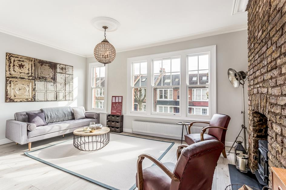 3 Bedrooms Flat for sale in  Priory Avenue, Crouch End, London, N8