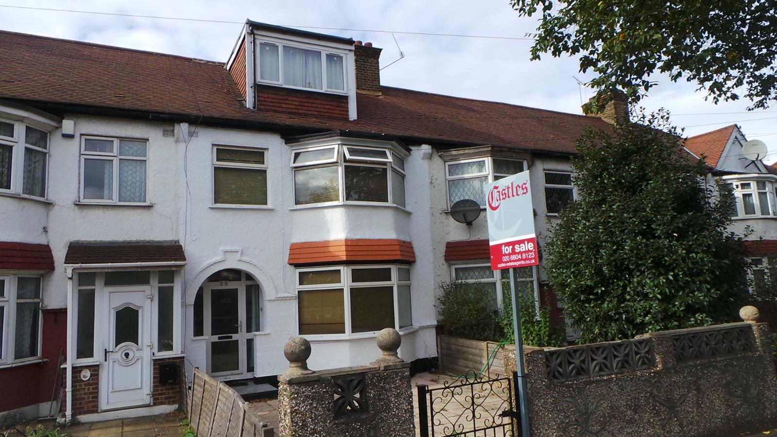 5 Bedrooms Terraced House for sale in Great Cambridge Road, Enfield, EN1