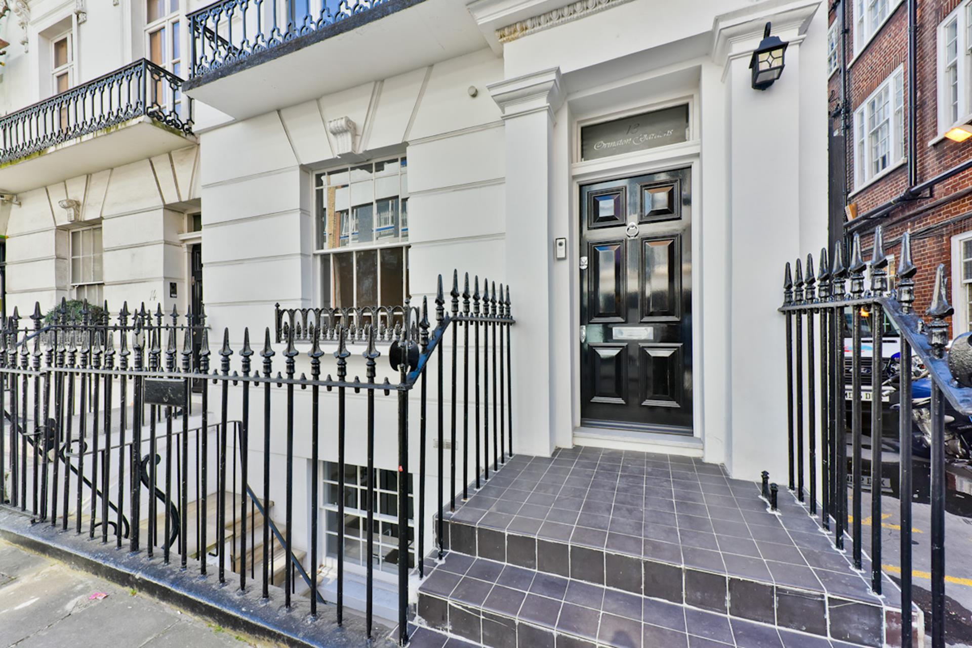 Renting Room In Mayfair